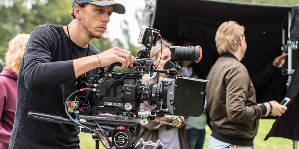 mediamarkt_camping_commercial_4k_dop_cameraman_roryvandenberg